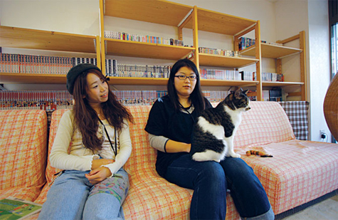 two-girls-and-a-cat.jpg